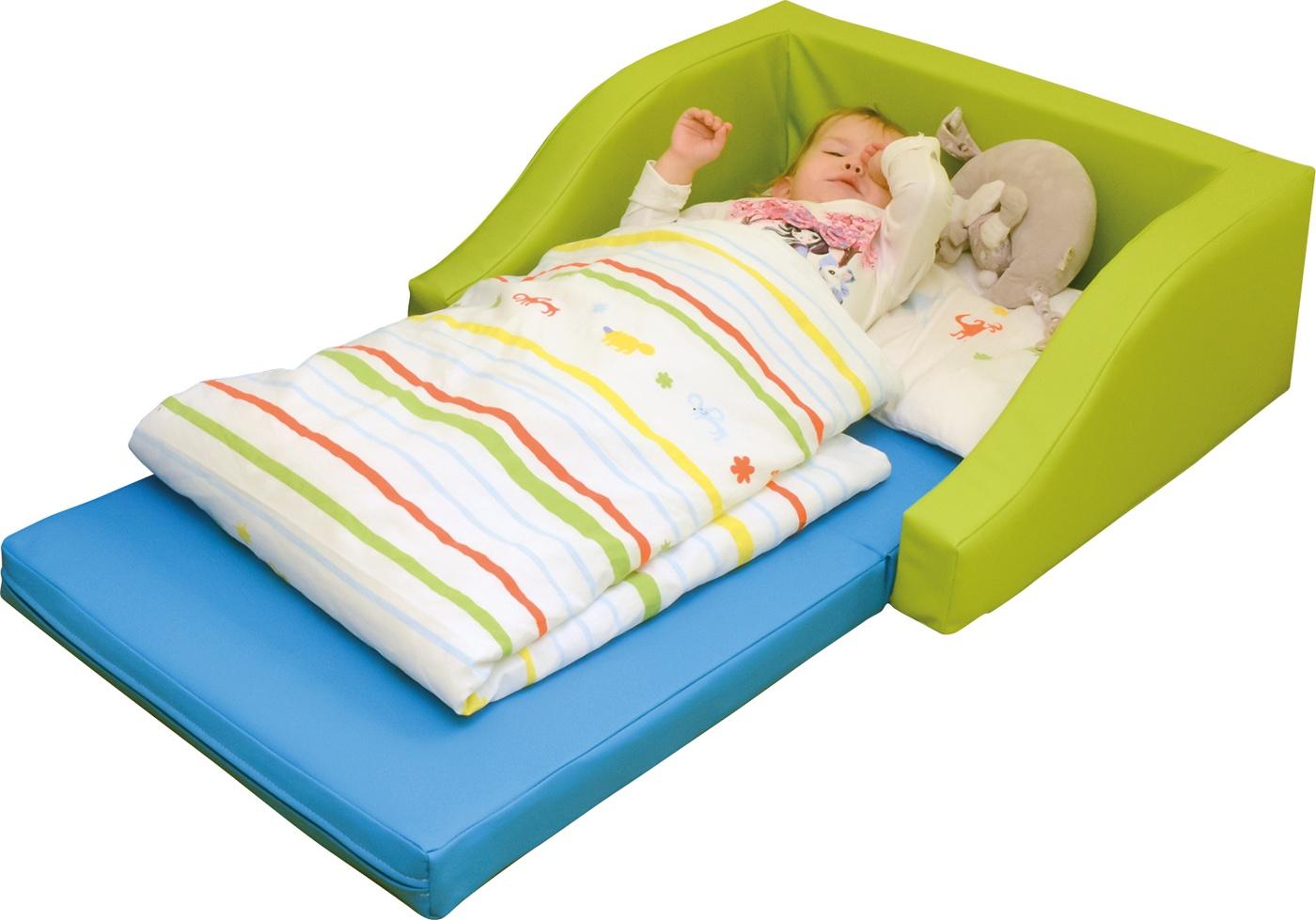 kindergarten halbes schaumstoff bettchen inkl matratze livaro. Black Bedroom Furniture Sets. Home Design Ideas
