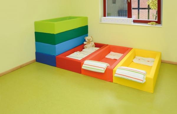 Kindergarten KITA Schaumstoff-Bettchen inkl. Matratze